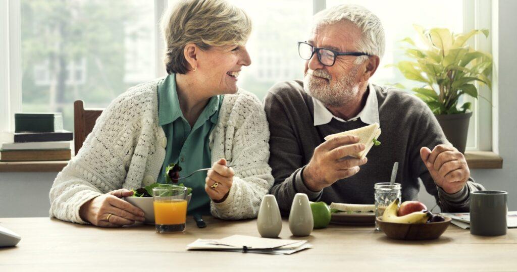 Pagamento pensioni calendario Inps (Foto di Rawpixel.com per Shutterstock)