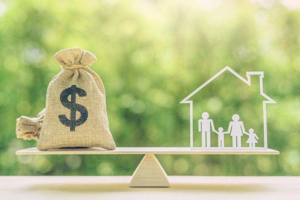 Reddito di emergenza. Domanda entro il 30 novembre per la quarta rata (Foto di William Potter per Shutterstock)
