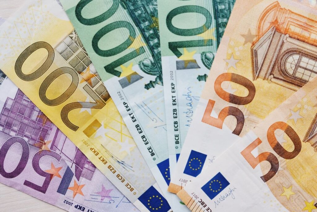 Bonus 1000 euro stagionali pagamento e scadenze Inps Decreto Ristori Quater