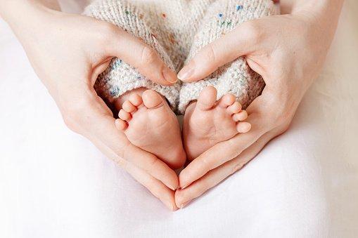 Bonus bebé e assegni di maternità per gli stranieri.