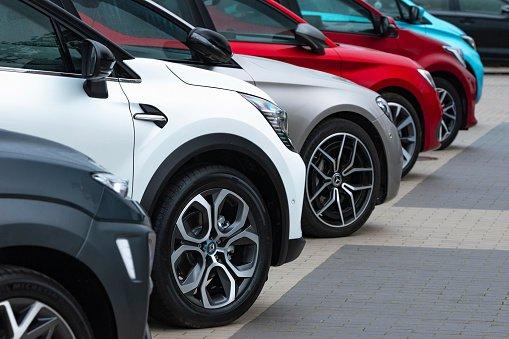 Controllo collaudo auto: scadenze e costi.